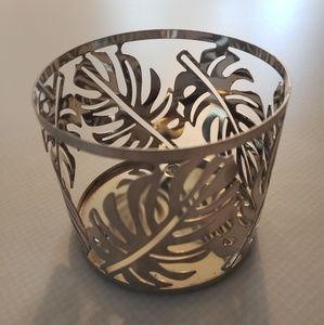 Sleek Pair of Leaf Design Candle Votives